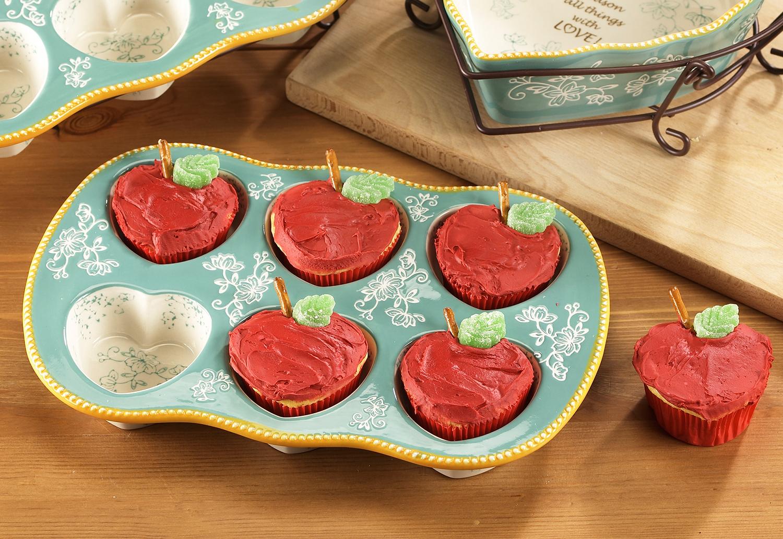 Apple Shaped Cupcakes temp tations by Tara